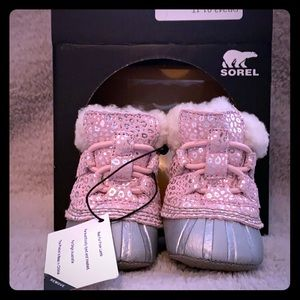 Sorel Pink Baby Booties Size One